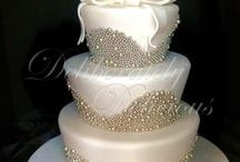 Cakes & Toppers / Cakes, cupcakes & dessert bar ideas for showers, weddings, or other special occasions.
