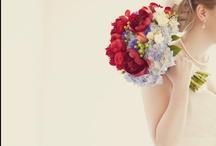 I love a good wedding / by Nichole Gormley