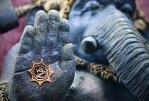 Ganesha / <3 Om Gam Ganapathaye Namaha <3 / by Pherenike