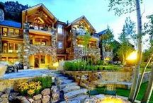 Luxury homes / by Jenna Cherise