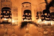 Holidays: Halloween / by Christine Esoldo