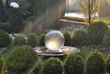 Gardening-Inspired designs / Beautiful gardens to inspire the home gardener or landscaper