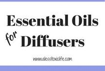 Best Essential Oils For Diffusers / Essential Oil diffuser blends. Recipes for diffuser blends to help with sleep, energy, anxiety, calming, and congestion. Essential Oil DIY Diffuser Blends. Diffuser Jewelry.
