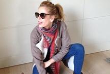 Alessia Marcuzzi  / Alessia Marcuzzi con la pashmina modello Kefia 2.0  www.shibori.it/shop/46-kefia.html