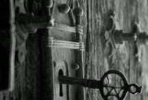 skeleton key / I've always been fascinated with these old relics...  I'm also a bit of an obsessive collector.