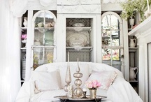 DREAM HOME TOURS / STYLEITCHIC DREAM HOME TOUR  STYLE IDEAS AT http://styleitchic.blogspot.com/2010/12/blog-post_13.html