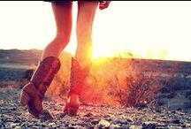 COUNTRY GIRL / by Kaylee Heuer