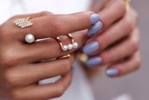 FALL NAIL COLORS / Fall colors to wear for fall, fall manicure, fall nails, pretty nails colors, dark manicure, fall beauty