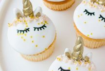 Cupcakes / Because it is all about the cupcakes