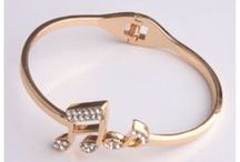Bangle / Mjusic Bangle