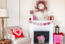 Holiday decor & crafts / Various holiday decor and crafts
