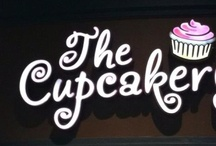 FOOD.... EVERYONE LOVES CUPCAKES / by Louise Foley