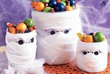 Halloween / by Robyn Reynolds Longhurst