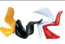 Chaises design / Découvrez tout un éventail de notre offre de chaises design : cuir, capitonnées, plastique... un ensemble de déco design pour votre intérieur et votre assise. Tout notre catalogue complet ici : http://www.declikdeco.com/deco/meubles/chaises,f52.html