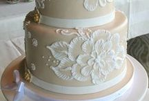 Wedding Cake - Brush Embroidery / Brush Embroidery Wedding Cakes