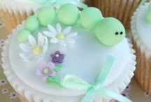 Cupcakes / by Tami Robinson