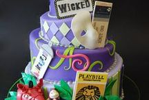 Decorated Cakes / by Tami Robinson
