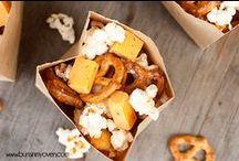 Food: Snacks / by Alicia Thomas