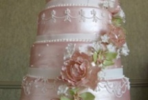 Cakes / by Sue Howcroft