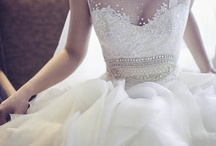 Bridal Wear / Bridal gowns and accessories
