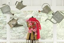 Fun Store Display Ideas / Great ways to dress up your dance store