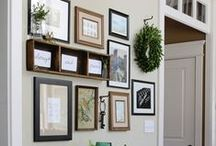 Gallery Walls, Picture Ledges and Photo Displays / Ideas to display photos, decor and art in gallery walls, picture ledges and photo displays.