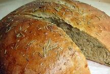 Recipes: Bread Recipes / by Erin O'Loughlin