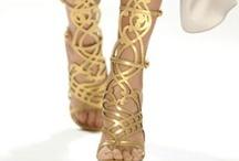 ShoesShoes <3 / by Goretti Malayil