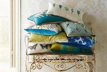 COJINES / Cojines originales en www.alboroquedecoracion.com. Si quieres también los hacemos a medida. Consúltanos.