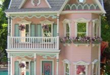 Lovely Dollhouse Ideas / Dollhouse photos decor miniatures wallpaper