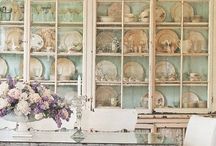 To Dine For / Cottage, Farmhouse, English Country and French Country style dining room ideas.