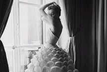 VINTAGE FASHION / Vintage Fashion to inspire and love. / by Jane Drake Hale