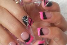 Hair & Nails / by Laurie Leal
