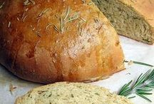 Favorite Recipes: Bread / by Laurie Leal