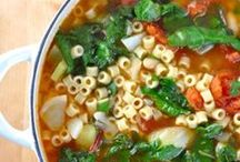 Favorite Recipes: Soup / by Laurie Leal