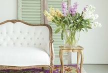 Spring : Mood . Style . Inspiration / All about inspiration for styling your home for the gorgeous spring season !