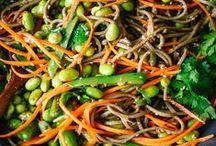recipes: vegetarian / by Krystina Speegle