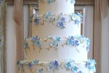 Cakes with Flowers / by Beautiful Cake Pictures