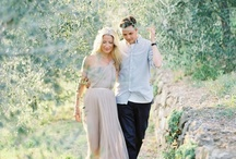 Engagement Inspiration  / Lots of awesome engagement portrait ideas for your inspiration.