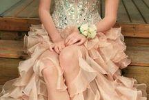 Party dress / Evening wear, coctail dress, wedding dress