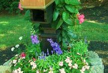 Cute Lake House Mailbox Designs / Mine is dead...