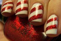 nails / by Kierra Rosier