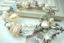 Bracelet' I love them / by Vivian Balma