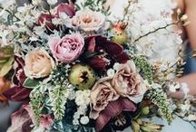 Wedding flowers (or alternatives to flowers) / What kind of flowers should you get for your wedding?  What a tricky question.  You might find the answer in this board!  Covering everything from bright summer wildflowers to rustic muted winter bouquets, you'll definitely find something here to inspire you.  I also include alternatives to real flowers, such as button or brooch bouquets, silk flowers or even paper flowers.