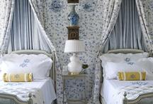 Bedrooms / by Wanda Crossley  Matthews House & Garden