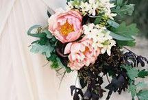 Beautiful Bouquets / Bride's wedding bouquets that are to die for! Be inspired by these beauties.
