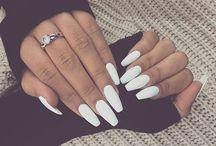 nails , / she's so polished