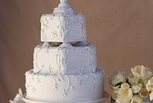 Decorative Cakes / by Natalie Brondum