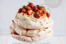 cakes, desserts / by Silja