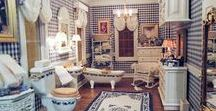 Dollhouse Rooms / Miniature bathroom furniture & furnishings, soaps and the medicine cabinet